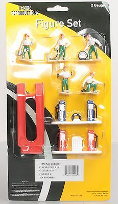 O-Line 810 Gas Station Figure & Accessory Set (8)