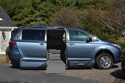 2015 Toyota Sienna XLE 2015 Handicapped Accessible Toyota Sienna with VMI Northstar Conversion