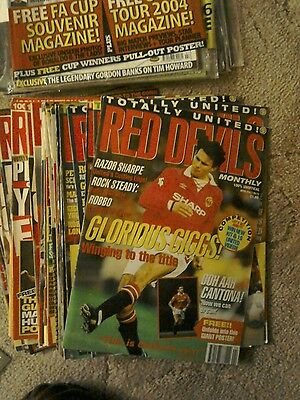 Bulk lot of Manchester United official magazines from 1993 to 2007