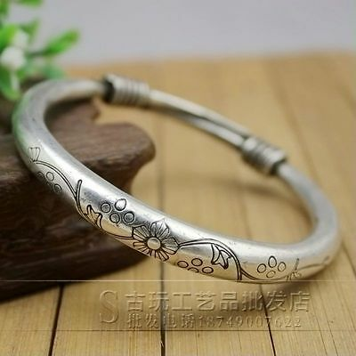Chinese  carved Miao silver jewelry bracelet Flowers pattern