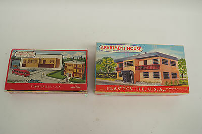 Lot Of 2 Plasticville Usa Model Rr Kits Apartment House 1907 & Add-A-Floor 1503