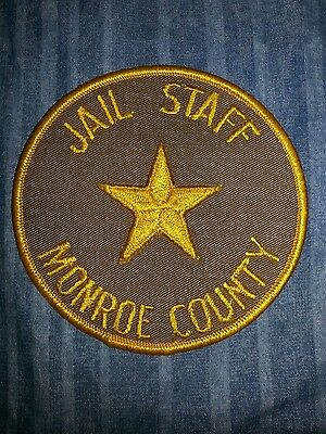 Monroe County Wisconsin Sheriff Police Jail Corrections Patch RARE