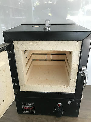 Ward Kiln - Excellent Condition - Great for PMC, Glass and china painting