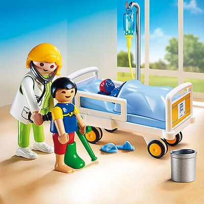 PLAYMOBIL® 6661 Doctor with Child - NEW 2015 - S&H FREE WORLDWIDE