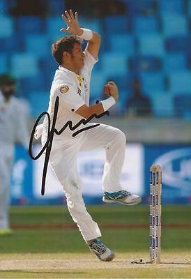 PAKISTAN: YASIR SHAH SIGNED 6x4 TEST ACTION PHOTO+COA