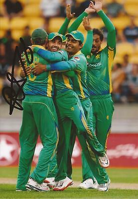 PAKISTAN: MOHAMMAD RIZWAN SIGNED 6x4 ODI ACTION PHOTO+COA