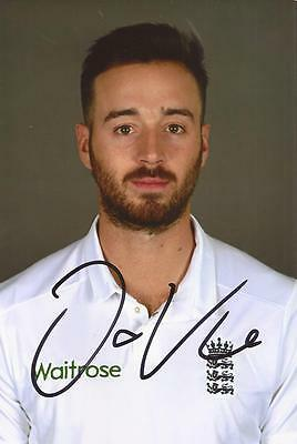 ENGLAND: JAMES VINCE SIGNED 6x4 TEST PORTRAIT PHOTO+COA