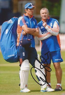 ENGLAND: PAUL FARBRACE SIGNED 6x4 ACTION PHOTO+COA