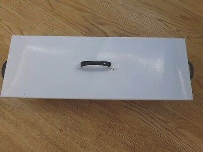 VINTAGE MEDICAL INSTRUMENT SterilIsing Unit, white enamel with lid and tray