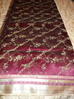 Ladies / Girls Crepe Saree Printed Throughout With Gold Border