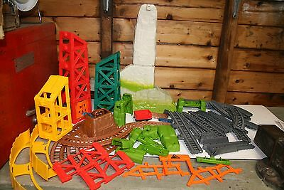Fisher Price Thomas Trackmaster Job lot of Avalanche Escape Set Track + 1 Wagon
