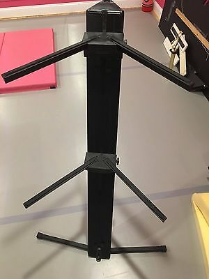 Ultimate Support APEX Black Column Keyboard Stand Used