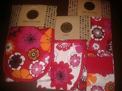 Oven glove, apron, 3 tea towels matching floral set