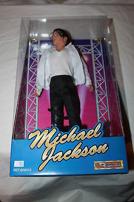 MICHAEL JACKSON DOLL IN BLACK OR WHITE LIVE OUTFIT AB Ref 800010 1997 NEW