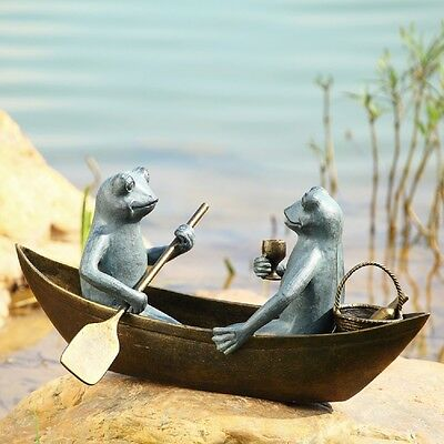 Boating Frogs Wine Drinking Picnic Metal Boat Frog Garden Pond Sculpture Statue