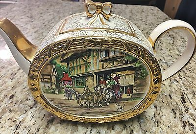 "Vintage Sadler barrel shape teapot with lid ""Coach and Horse"" Pattern Beautiful"