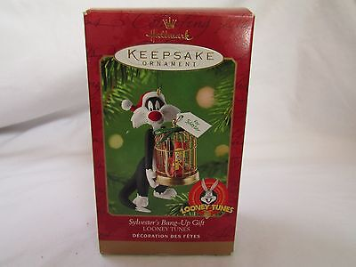 Sylvester's Bang-up Gift Looney Tunes Ornament 2000