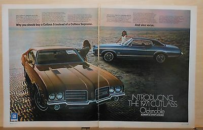 1971 two page magazine ad for Oldsmobile - Cutlass S, Cutlass Supreme photos