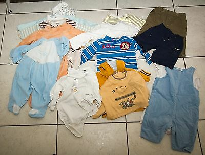 Lot de vetements pour bebe entre 4-6 mois - 18 pieces