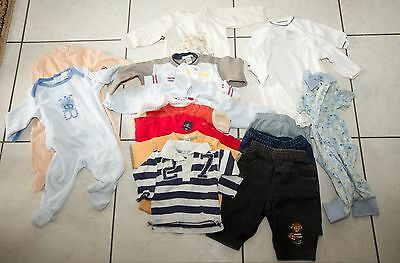 Lot de vetements pour bebe entre 4-6 mois - 17 pieces