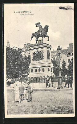 remarquable CPA Luxembourg, Place Guilleaume avec monument 1908