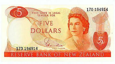 New Zealand ... P-165d ... 5 Dollars ... ND(1977-81) ... *XF/AU*