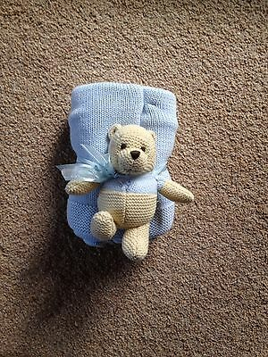 BNWOT Baby Boy Disney Blanket with knitted Winnie The Pooh