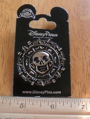 Pirates of the Caribbean Disney Pin MOC Cursed gold coin of Cortez