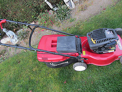 Mountfield 470 Self Propelled Petrol Lawn Mower With Grass Box