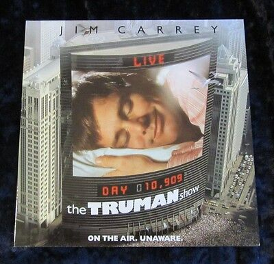 THE TRUMAN SHOW british glossy fold out synopsis JIM CARREY