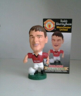 Teddy Sheringham Manchester United Corinthian football figure