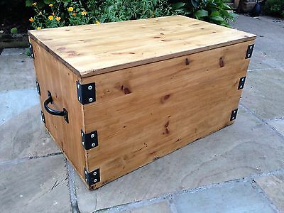 Wooden Storage Box Chest Trunk Coffee Table Toy Box