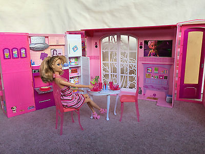 Barbie House, Barbie Doll and accessories
