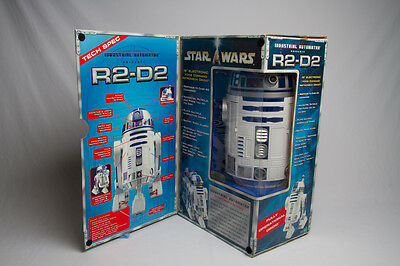 Star Wars Hasbro 2002 R2-D2 Interactive Astromech Droid Voice Activated Robot