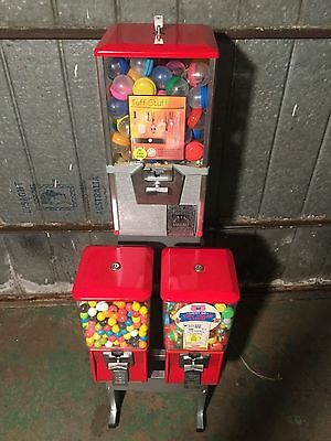 Scanlan 1960,s Classic Gumball And Toy Vending Machine Made Bye North Western.