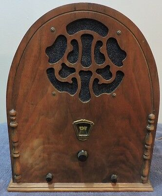 Vintage Gloritone Cathedral Screen Grid Electric Tube Radio For Restoration