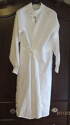 WHITE REUSABLE SURGICAL GOWN 100% cotton size large nos