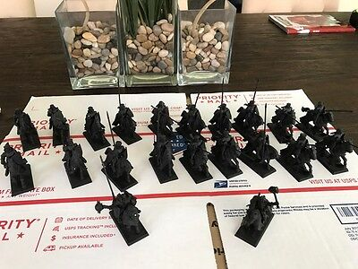 Warhammer Age of Sigmar Bretonnian Knights Empire Wizard and DoW General
