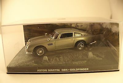 Fabbri James Bond Aston Martin DB5 Goldfinger neuf en boîte1/43