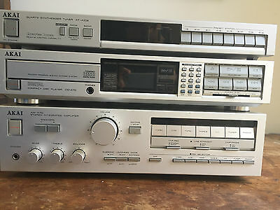 Akai stereo system A70 Amplifier, CD-A70, Tuner AT-A102