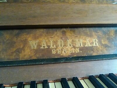 metal frame upright piano