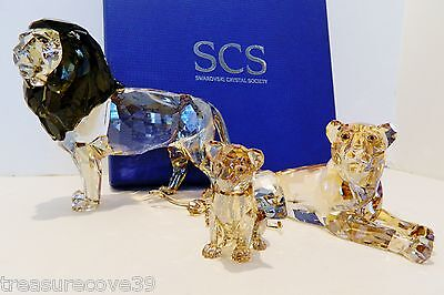 Swarovski  Scs  Lion  Akili  A.e.2016, Lion Mother & Cub,  #5135894-95-96