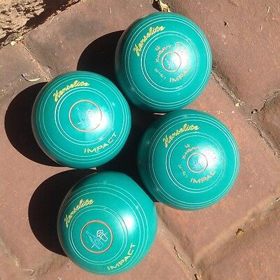 Used lawn bowls