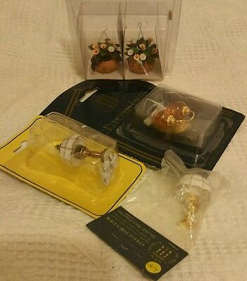 The Dolls House Emporium and other makes miscellaneous items 1/ 12th scale.