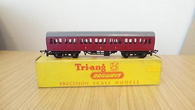 B228: Triang ' TT '  Gauge T80 Surburban Composite Coach  (VGC & Boxed)