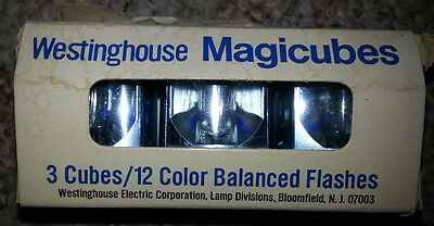Westinghouse Magicubes - 3 Cubes - 12 Color Balanced Flashes
