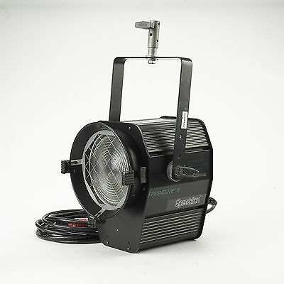 "Speedotron 8"" Fresnel Fresnelite 4800 W/S Flash Head - for black line packs RARE"