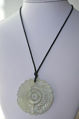 Vintage Chinese Jade Hand Carved Double Fish Round Large Heavy Pendant Necklace