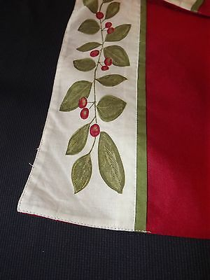2 New Winterberry Placemats Red  19X13 $22 Retail Nwt