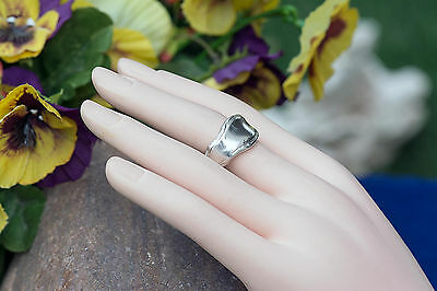 Vintage handcrafted solid Sterling Silver Ring/Band woman's jewelry size 5